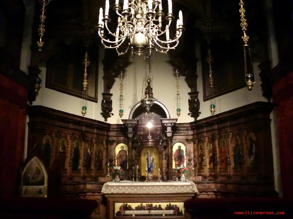 La cappella con la Via Crucis